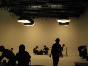 03真っ白いスタジオ