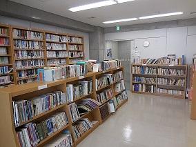 図書室内②